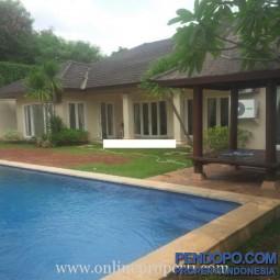 Dijual Rumah Cantik Luas Dalam Cluster di Cilandak Jakarta Selatan AG1035