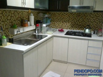 Apt CBD Pluit Tower Papyrus Lantai 18, Pool View, 3 KT