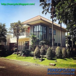 RUMAH DIJUAL : A Superb Home You Will Be Proud To Own @ Graha Famili Surabaya.