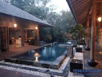 Villa Mewah di Sedayu lingkungan tenang dan sejuk
