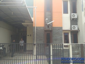 Rumah modern minimalis 2 lantai strategis dekat Gejayan , UGM dan Hartono Mall