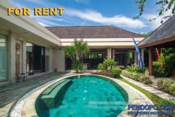 Di Sewakan Villa Luxury 3 Bedroom Full Furnish di Padang Galak Sanur Bali
