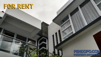 Di Sewakan Villa 3 Bedroom 2 Lantai Full Furnish di Tanjung Benoa Bali