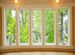 Bersihkan Kaca Jendela Sebelum Rumah Dijual